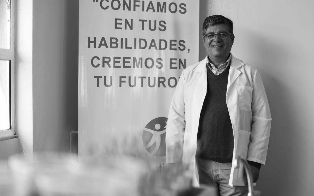 """""""Impulsar el amor por la ciencia desde un colegio de Pudahuel, me enorgullece profundamente"""""""